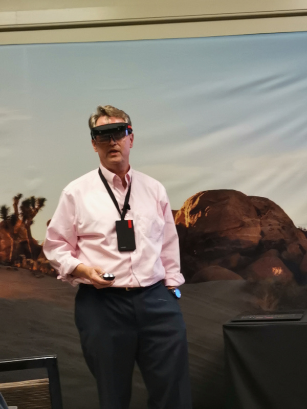 Lenovo Mixed Reality