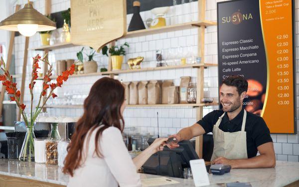 M_Series_LCD_coffee-shop