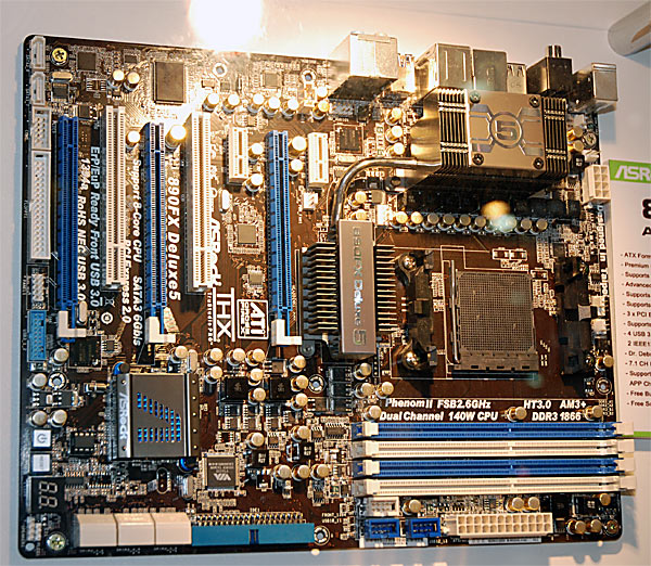 asrock_am3_plus_1.jpg (154193 bytes)