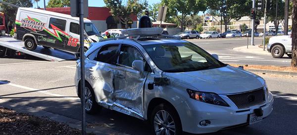 Google Car, grave incidente