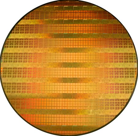 wafer_45nanometri.jpg (54572 bytes)