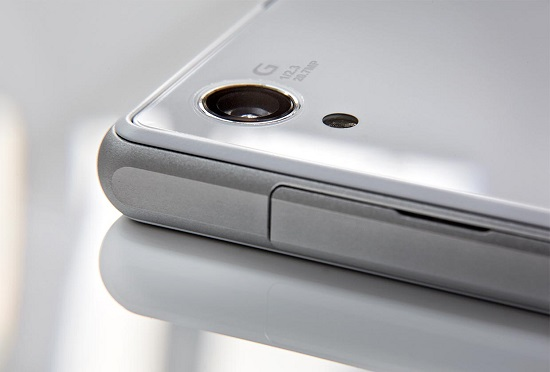 Sony Xperia Z2 farà la sua prima apparizione in pubblico al Mobile World Congress 2014 che si terrà dal 24 al 27 febbraio 2014 a Barcellona. È quanto rivelato da […]